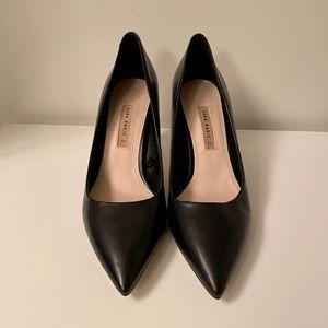 Zara black pointed toe heels